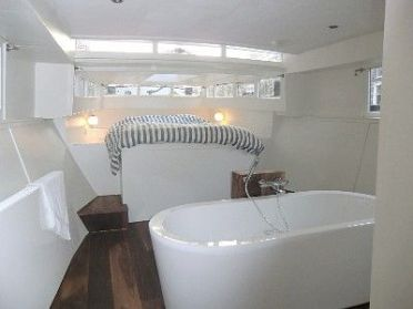boat-bedroom